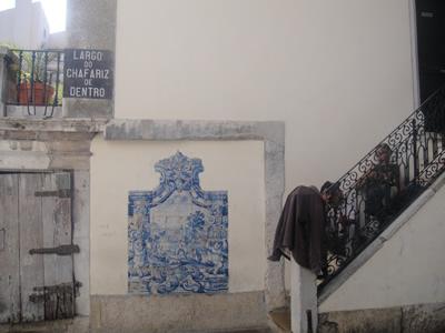 Alfama near Rua dos Bacalhoeiros