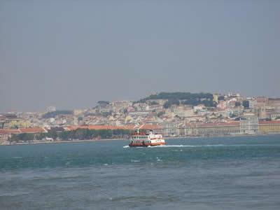 Ferry Lisbon Cacilhas