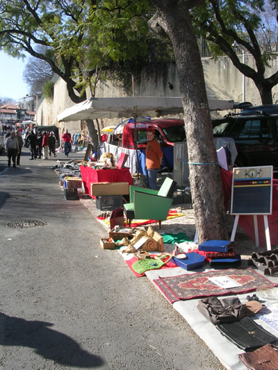Lisbon Shopping Feira da Ladra woman