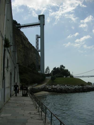 Lisbon elevator to Cristo Rei statue