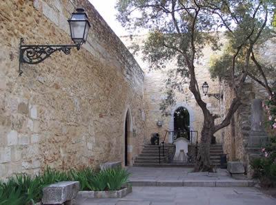 Lisbon entrance Castelo Sao Jorge