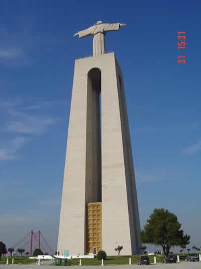 Lisbon Cristo Rei statue