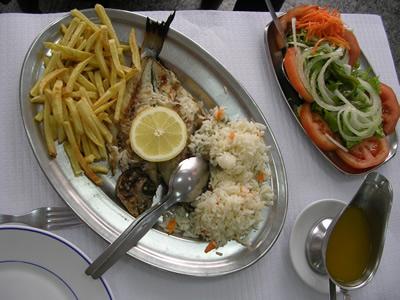 Lisbon restaurants 'O Farol' seafood Dourada