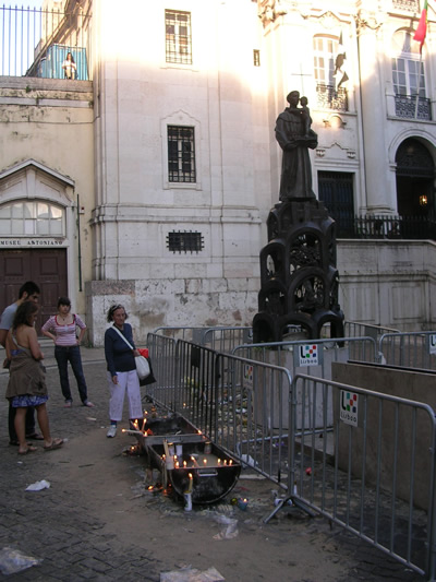 Lisbon Santo Antionio Church candles