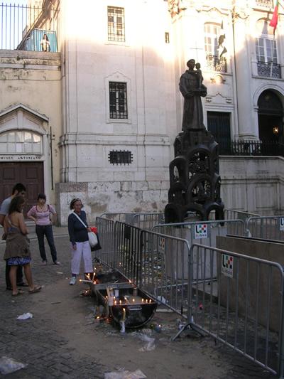 Lisbon Santo Antionio Church candles