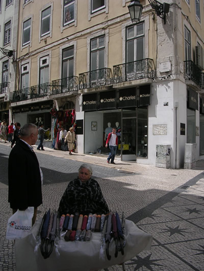 Lisbon shopping Rua do Carmo