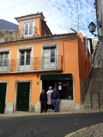 Restaurant Mouraria Rua do Terreirinho Laurinda & Jose Marie March 15