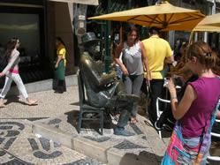 Lisbon statue Pessoa 5