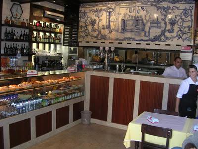 Lisbon Restaurante Martinho da Arcada staff