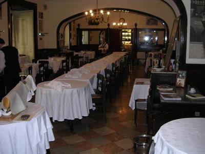 Lisbon Restaurante Martinho da Arcada interior1