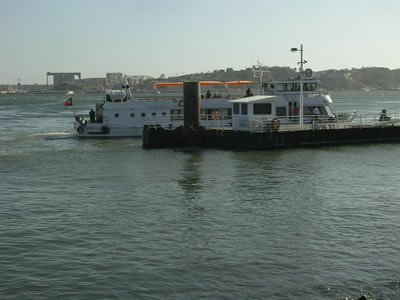 Lisbon Cais do Sodre ferry