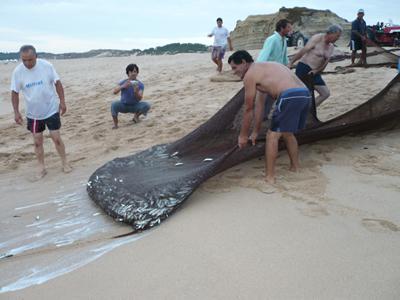 Meco beach fishermen3