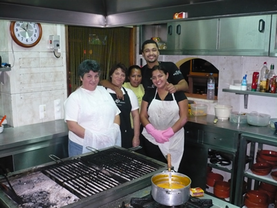 Restaurante Tropical do Medo kitchen