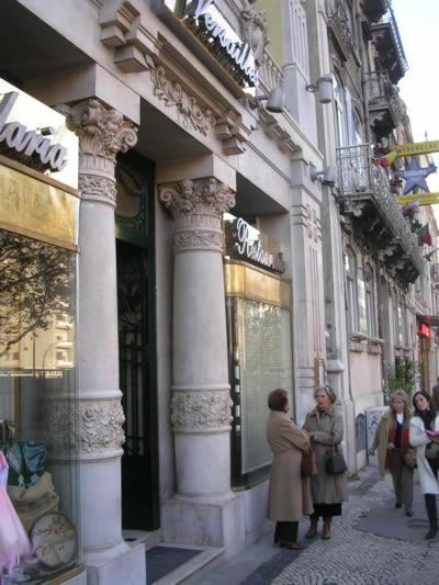 Pastelaria Versailles street 2