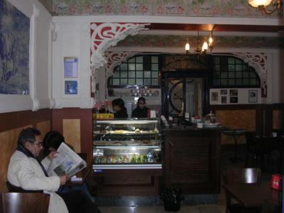 Lisbon cafe Leitaria Camponeza15