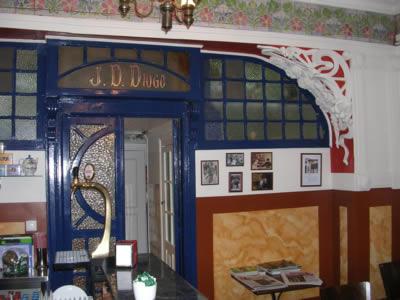 Lisbon cafe Leitaria Camponeza7