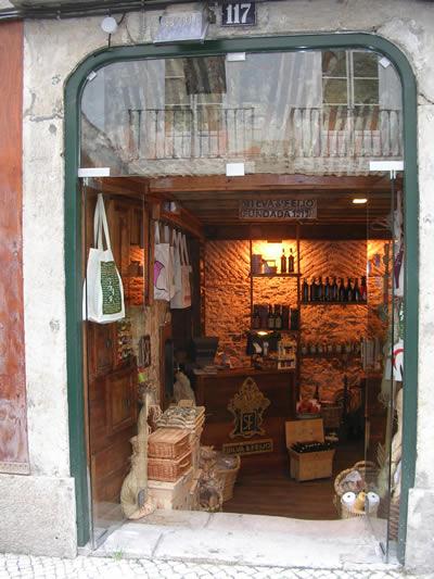 Lisbon Rua dos Bacalhoeiros3 shop nr 117 Silva & Feijó