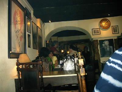 Lisbon Mouraria Bar Anos 60 live music