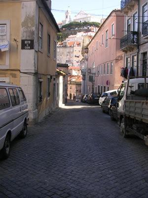 Mouraria close to the apartment Rua do Terreirinho