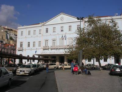 Santa Apolonia Station Lisbon Alfama building