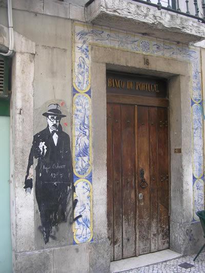 Pessoa drawing Rua 1 Dezembro Lisbon