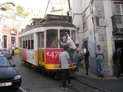 Lisbon Tram 12, free ride Mouraria