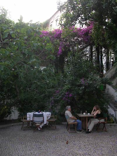 Lisbon Restaurant Clube de Jornalistas garden4