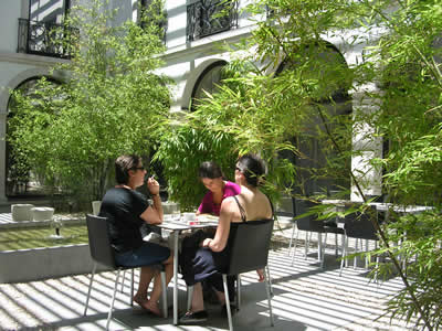 New restaurant Casa da Comida garden Museum Sao Roque girls