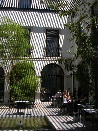 Restaurant Casa da Comida Museum Sao Roque Lisbon garden 11