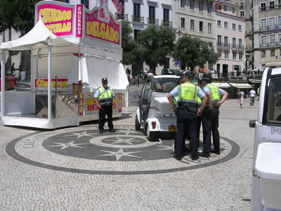 Police in June 09 near Rossio Square