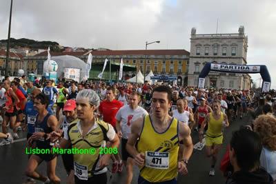Lisbon Marathon December 2008 start Praca do Comercio