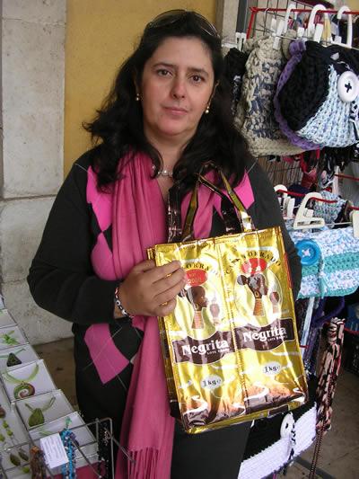 Sunday flea vintage handicraft market Lisbon2 eco bags