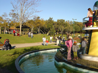Lisbon Parque dos Indios fun for children