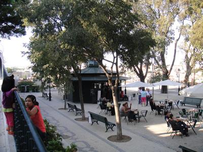Kiosks in lisbon Viewpont city de São Pedro de Alcântara