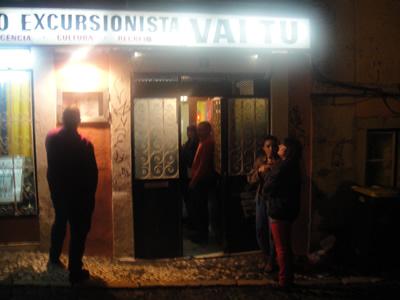 Fado traditional Vai Tu Bica street10