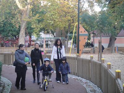 Lisbon Estrela Garden children