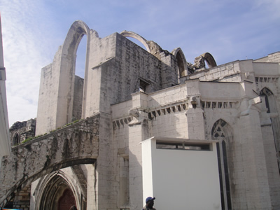 Lisbon Largo do Carmo church museum Santa Justa2