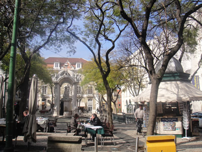 Lisbon square Largo do Carmo kiosk 2