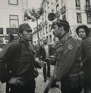 25-abril Carnation Revolution 1974 Lisbon