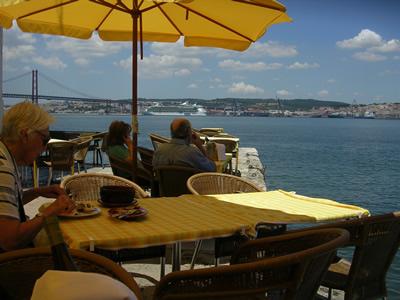 restaurante Ponto FInal view downtown Lisbon