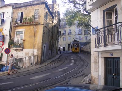 Rua do Salvador Alfama Lisbon1