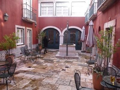 Museum Decorative Arts Fress Lisbon beautiful patio for lunch