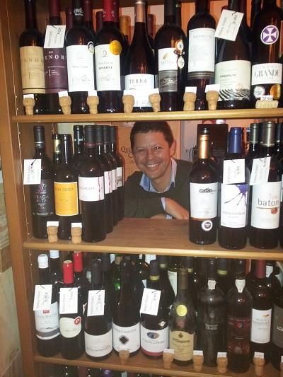 Lisbon wine shop Bairro Alto Venha Vinho Francisco wine dreamer 1