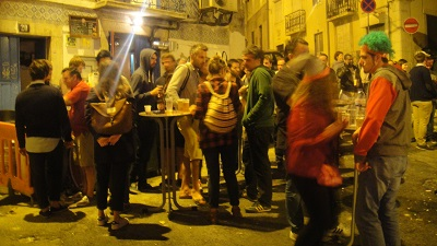 Lisbon bar ANOS 60 Festas populares Santo Antonio night June 12 15
