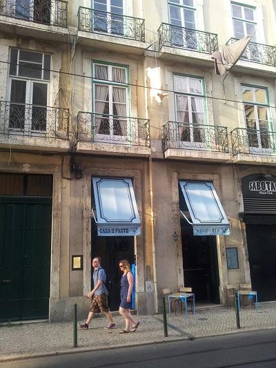 Restaurant Casa de Pasto Lisbon area Cais do Sodre building plastic pig