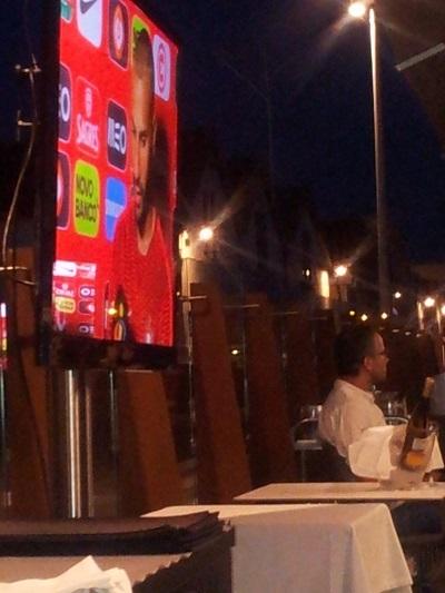 Restaurant Monte Mar Lisbon Tagus river big TV screens