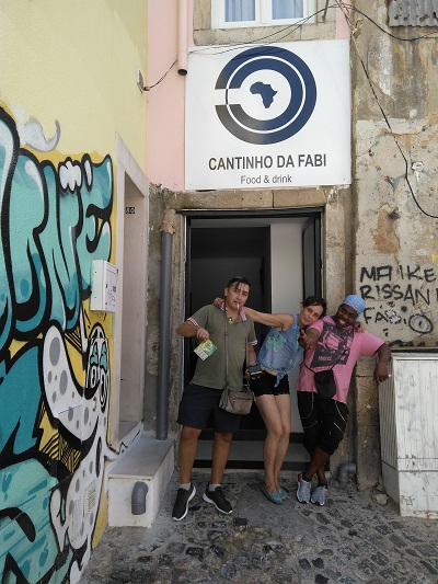 Restaurant Cantinho da Fabi Mouraria Lisbon outside