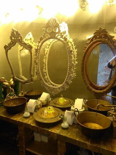 vestigious-lisbon-restaurant-nov-16-tagus-view-casa-de-banho-toilet