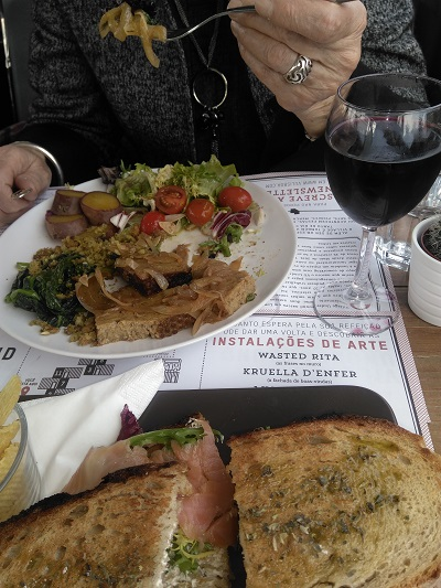 Village Underground Lisbon delicious lunch January 2017 2