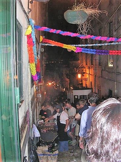Bica Funicular Lisbon Top Tourist Spot June Street Partys Cool